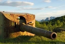 Gun on Nord-Arnoy, Norway