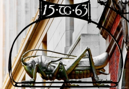 Grasshopper above 6 Lombard Street, EC3, representing the family crest of Thomas Gresham who at one time owned the property.
